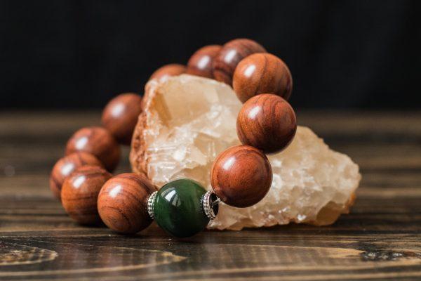Браслет из нефрита и палисандра «Нефритовый Палисандр»